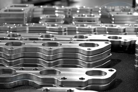 CNC 6 Cylinder Exhaust Manifold Flanges